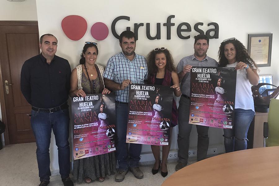 La bailaora María Canea visita Grufesa para promocionar e invitar a la plantilla a su concierto del 25 de noviembre a beneficio de Ánsares